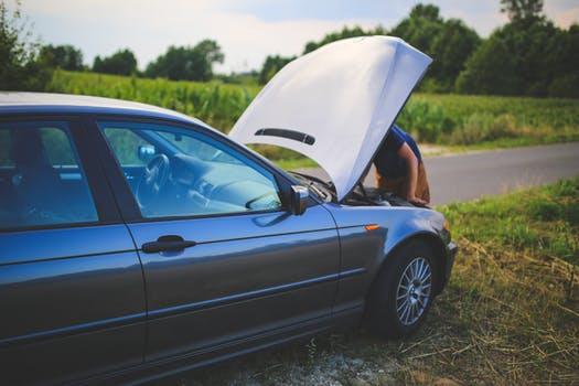 townelaker road-man-broken-car
